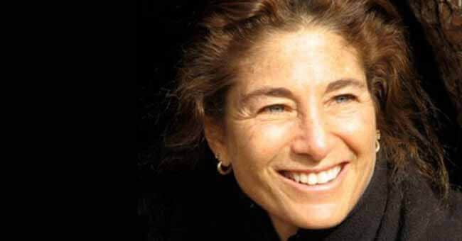 70 Tara Brach Quotes on Radical Acceptance, Love & Compassion